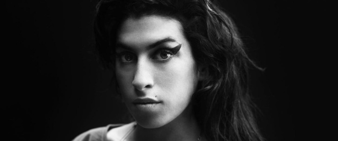 amy-winehouse-press