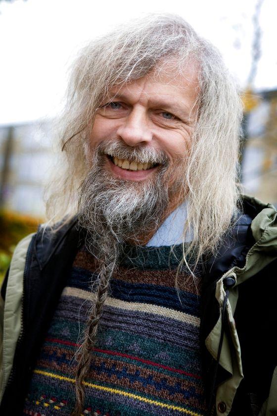 Støtte-gudstjeneste for den lokale præst Ulrich Vogel i Tingbjerg. Her Jakob Holdt.